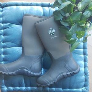 Muck edgewater boots, mens 8, womens 9
